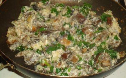 Белые грибы жаренные в сливках